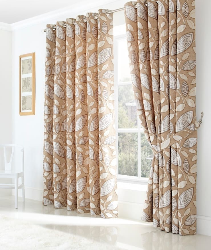 London Leaf Ring Top Curtains:  Living room by Century Mills
