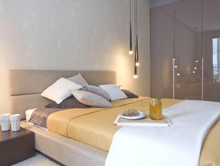 Apartament na Grzybowskiej_ Warszawa: styl , w kategorii Sypialnia zaprojektowany przez I Home Studio Barbara Godawska
