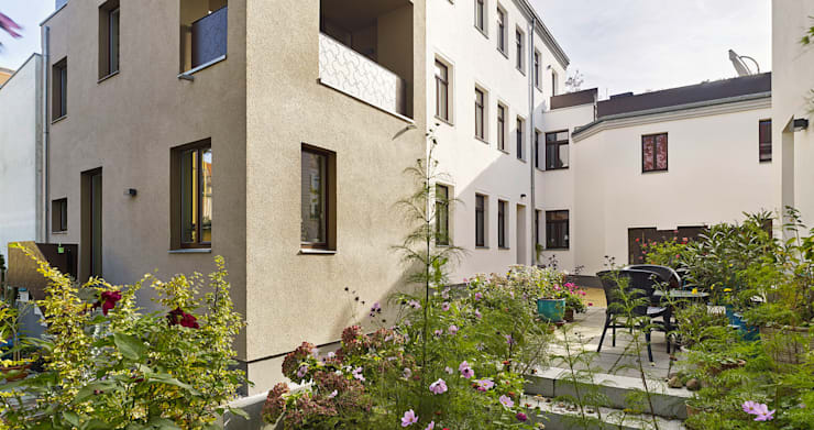Freiraum:  Häuser von quartier vier Architekten Landschaftsarchitekten