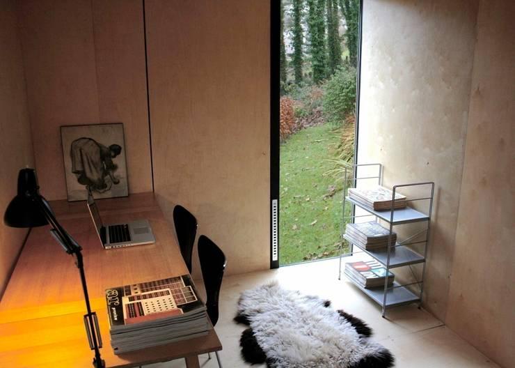mokki model 3 interior:  Garden by mökki