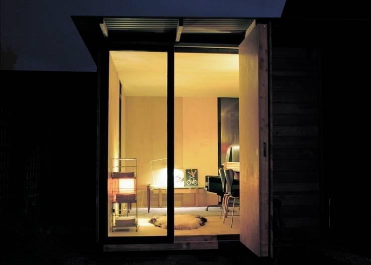 mokki model 3 at night:  Garden by mökki