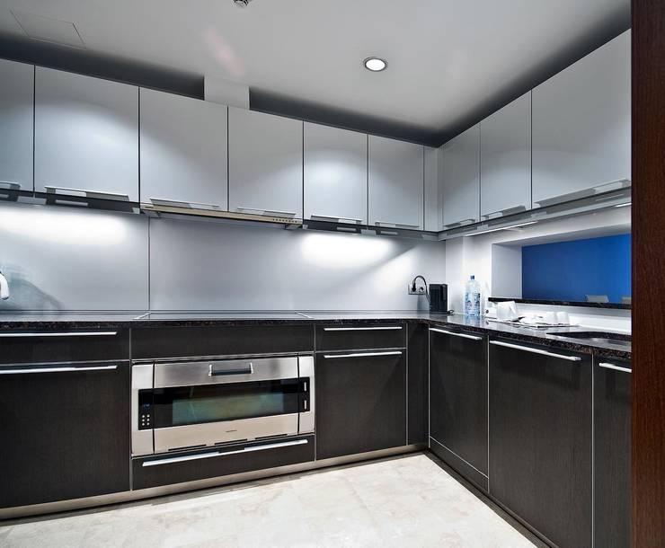"""Квартира в апартаментах """"Мариот» : Кухни в . Автор – freelancer"""