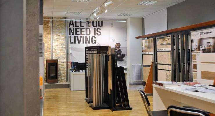 Progettazione interni u allestimento showroom arredobagno di