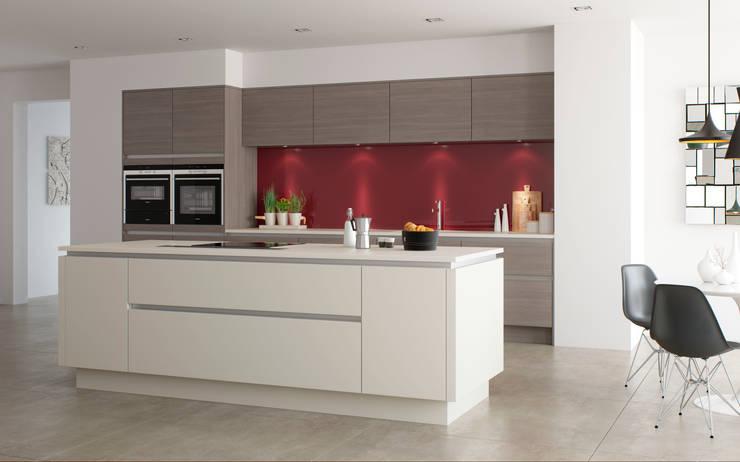Roxbury Matt White and Smoked Oak:  Kitchen by Sigma 3 Kitchens