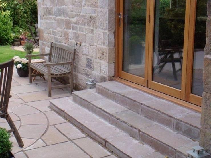 The stone steps:   by Anne Macfie Garden Design