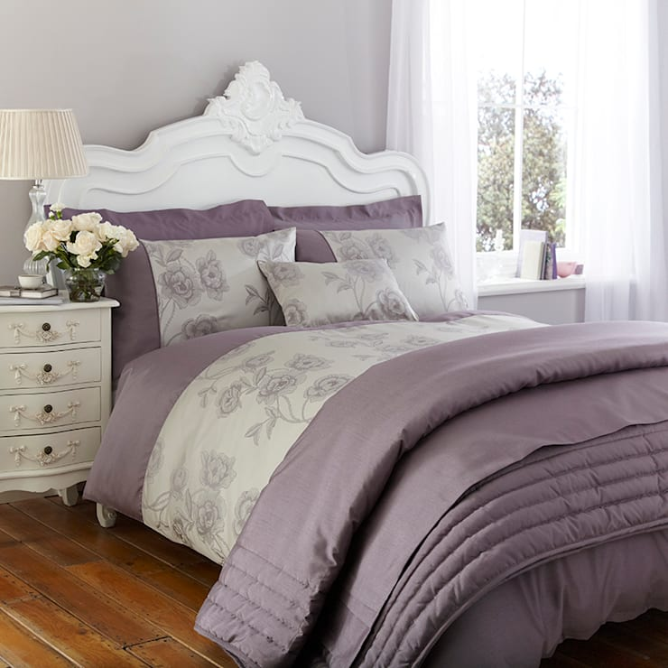 Charlotte Thomas Antonia Jacquard Collection in Light Purple: classic Bedroom by We Love Linen