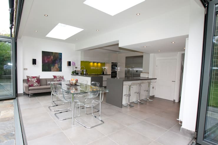 ​Open plan kitchen extension:  Kitchen by LWK Kitchens