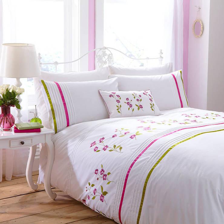 Charlotte Thomas Arabella Bed Set in Cerise Pink & Olive Green:  Bedroom by We Love Linen