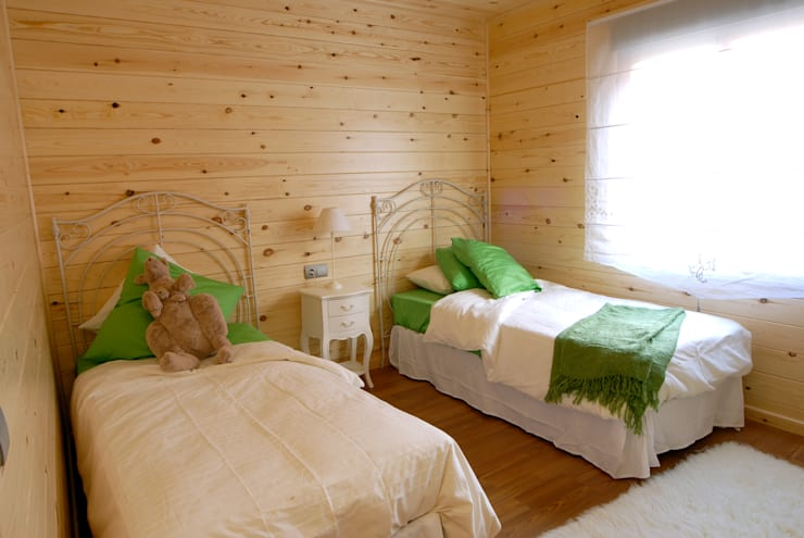 Bedroom by Casas Natura