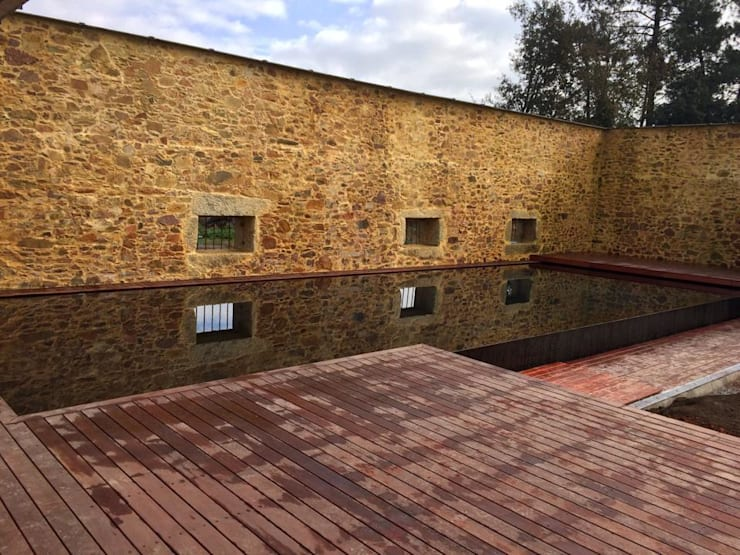 Turismo Habitação Rural: Piscinas minimalistas por SAFE Arquitetura
