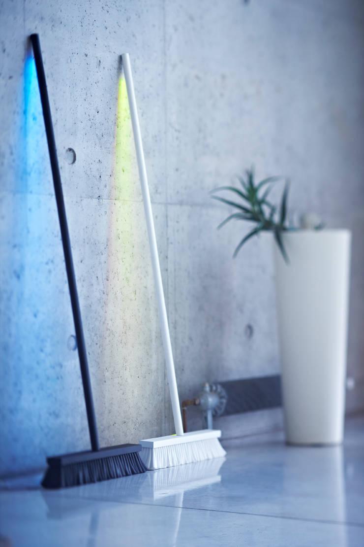MOODBROOM LED lamp:  Artwork by ZILBERS DESIGN