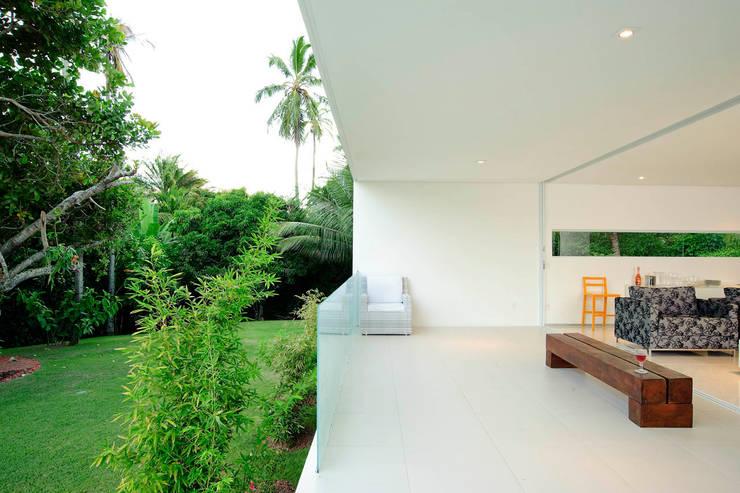 Casa Carqueija: Terraços  por dantasbento | Arquitetura + Design