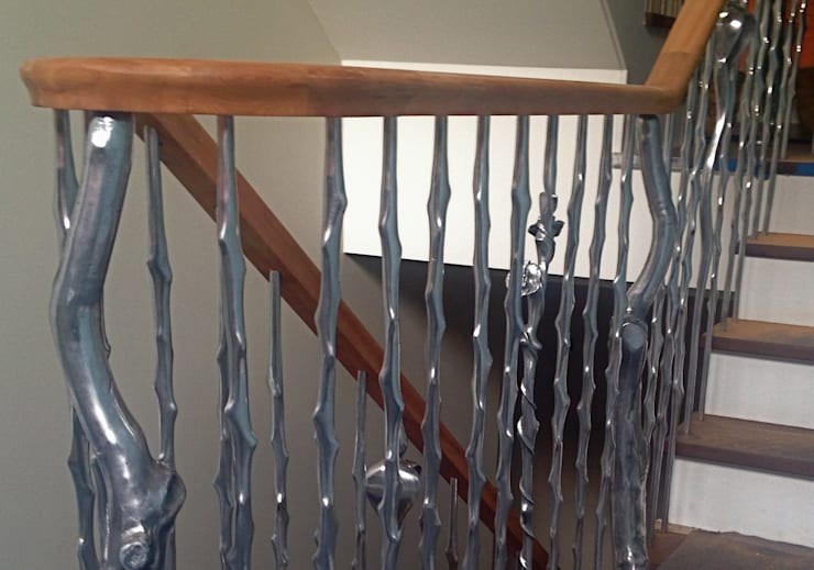 'Rose & Thorn' sculptural balustrading from our nature range:  Corridor & hallway by Zigzag Design Studio (Sculptural Structures)