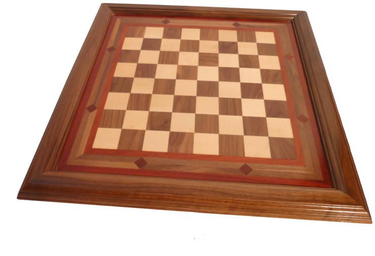 tablero ajedrez: Hogar de estilo  de Seedmo