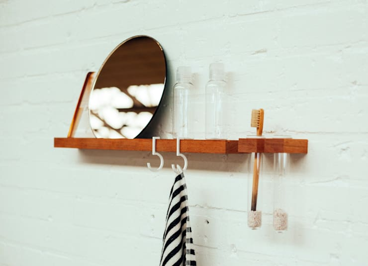 FIGR1 // Bathroom setting // Containers - Surface 50 - Reflector:  Badkamer door FIGR1
