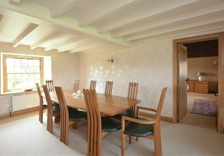 Turner ten seater dining table and chairs :  Dining room by Lee Sinclair Furniture
