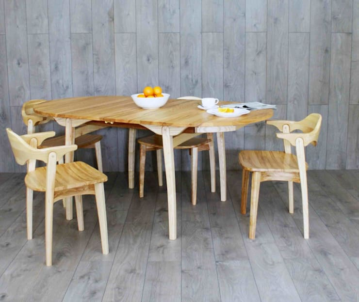 Valentine extending dining table and six chairs :  Dining room by Lee Sinclair Furniture