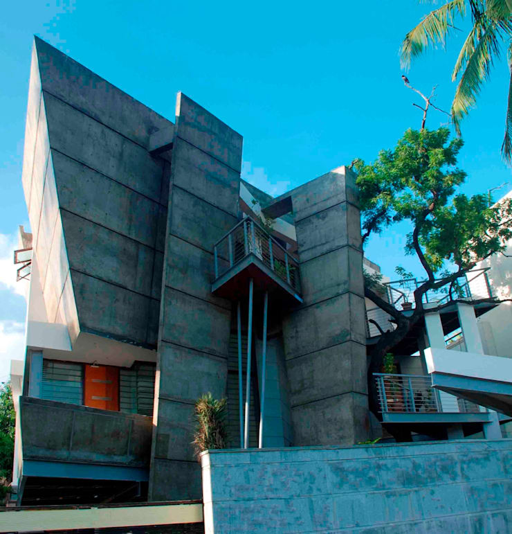 MUBARAK ALI RESIDENCE:  Houses by Muraliarchitects,Modern