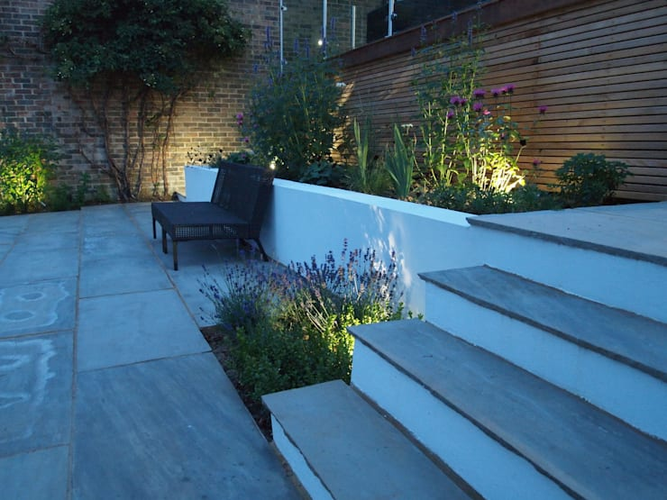 Subtle Planting:  Garden by Borrowed Space