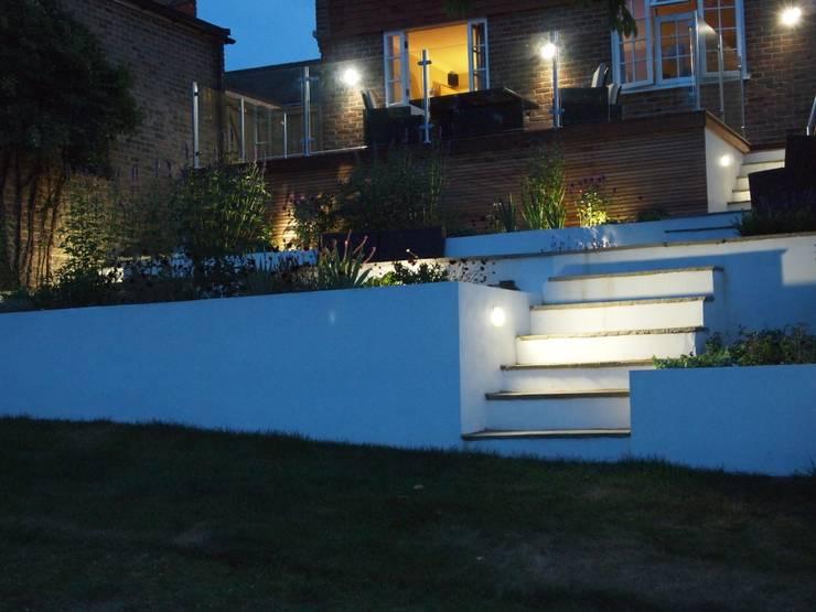 Terraced Garden:  Garden by Borrowed Space