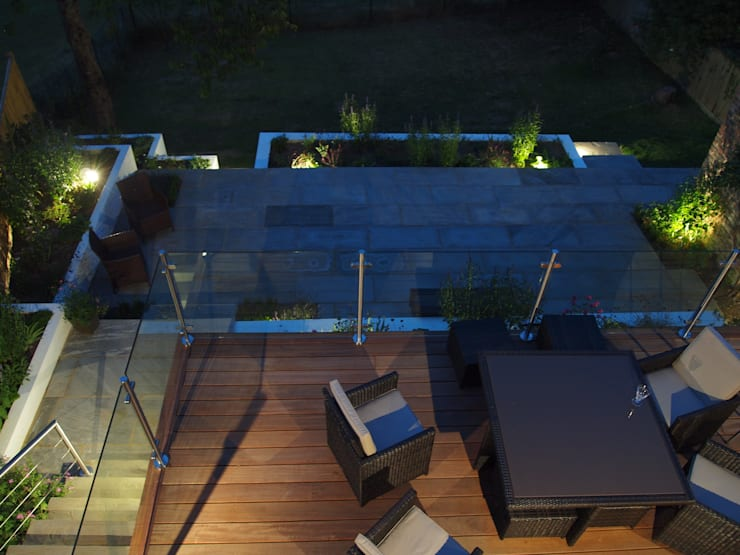 Hardwood Deck:  Terrace by Borrowed Space