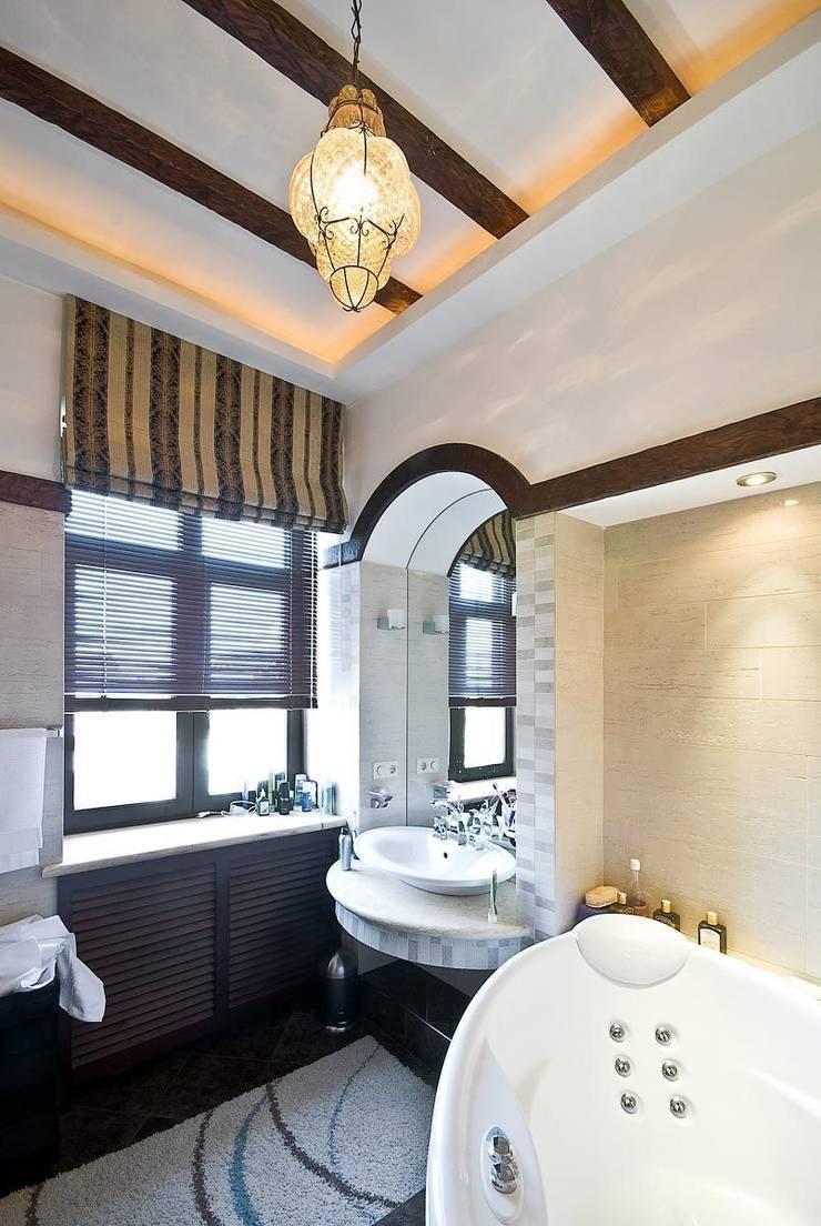 Дом в Средиземноморском стиле: Ванные комнаты в . Автор – freelancer