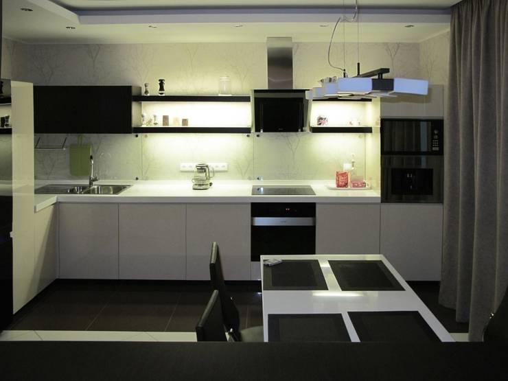Квартира с мужским характером: Кухни в . Автор – Дизайн-студия Идея