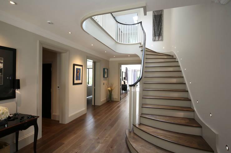 Hall :  Corridor & hallway by Zodiac Design