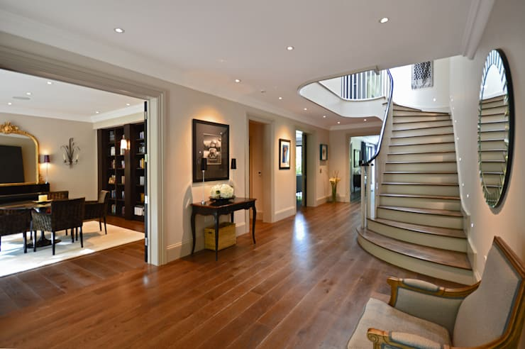The hall :  Corridor & hallway by Zodiac Design