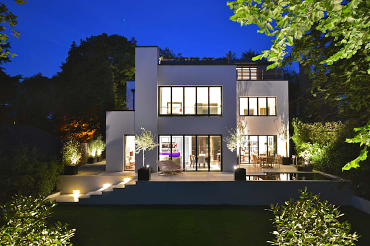 Rear of the house:  Houses by Zodiac Design