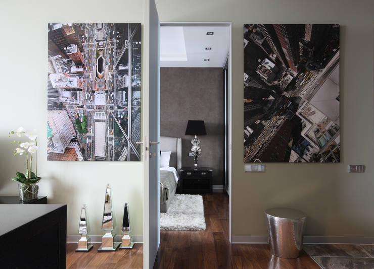 Апартаменты в жк <q>Авеню 77</q> / Москва: Коридор и прихожая в . Автор – Бюро TS Design
