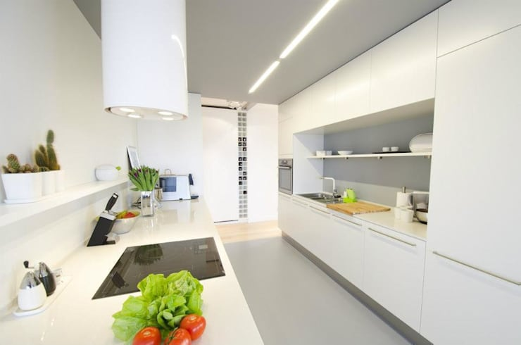 Mieszkanie na Sadach Żoliborskich: styl , w kategorii Kuchnia zaprojektowany przez STOPROCENT Architekci