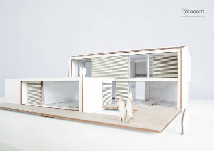 Dom (nie) typowy: styl , w kategorii  zaprojektowany przez STOPROCENT Architekci