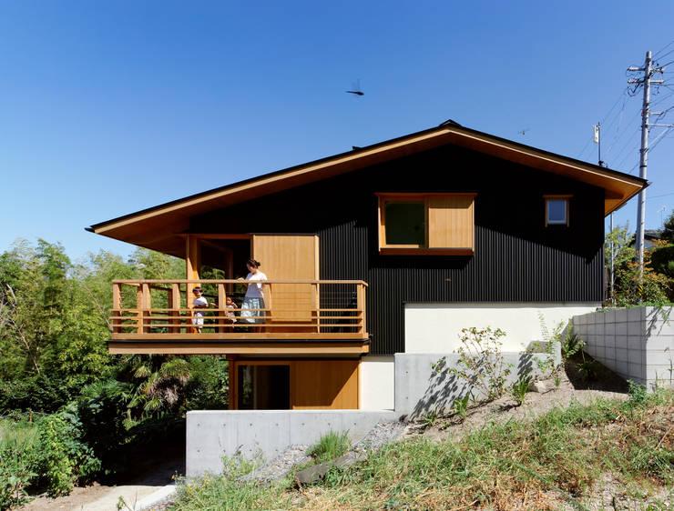 IR House: 磯村建築設計事務所が手掛けた家です。