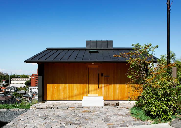 ファサード: 磯村建築設計事務所が手掛けた家です。
