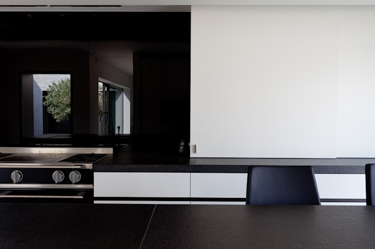 Kitchen by areal architecten cvba