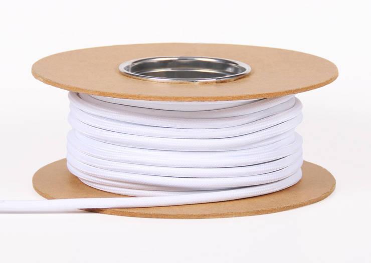 KOLOROWE KABLE OD BYLIGHT: styl , w kategorii  zaprojektowany przez Bylight,Industrialny