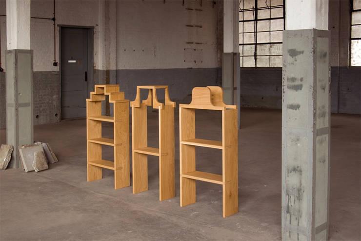 Pakhuisjes:  Woonkamer door Studio Janina Loeve