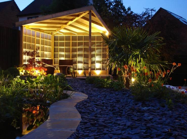 Zen Inspired Garden, Bradley Stoke:  Garden by Katherine Roper Landscape & Garden Design