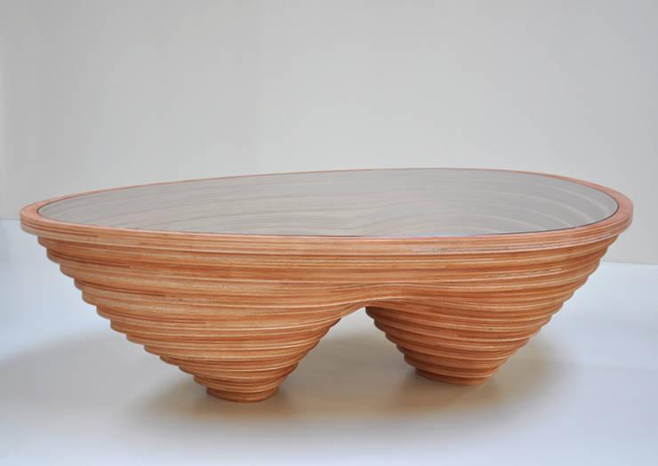 Tettonica – salontafel:   door Studio Janina Loeve, Scandinavisch