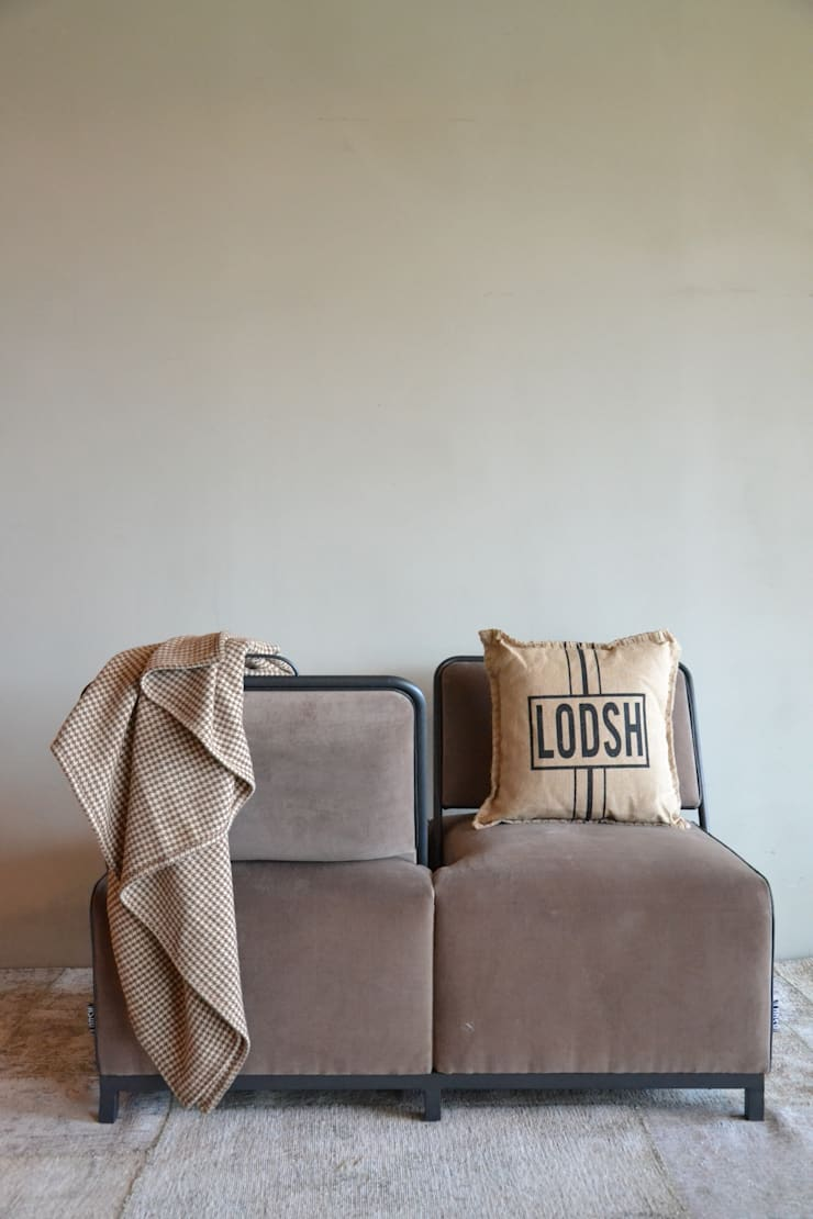 Naso Naso Multi sofa: moderne Woonkamer door Asiades