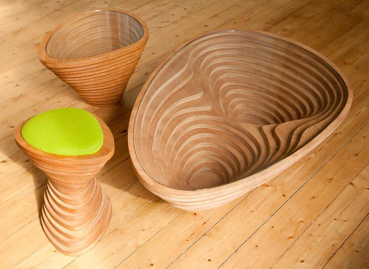 Tettonica - salontafel: scandinavische Woonkamer door Studio Janina Loeve