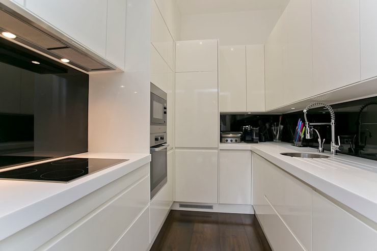 Cocinas de estilo  por Temza design and build