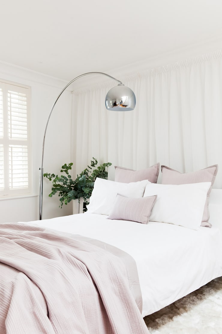 Cloudsley Road:  Bedroom by 2 lovely gays