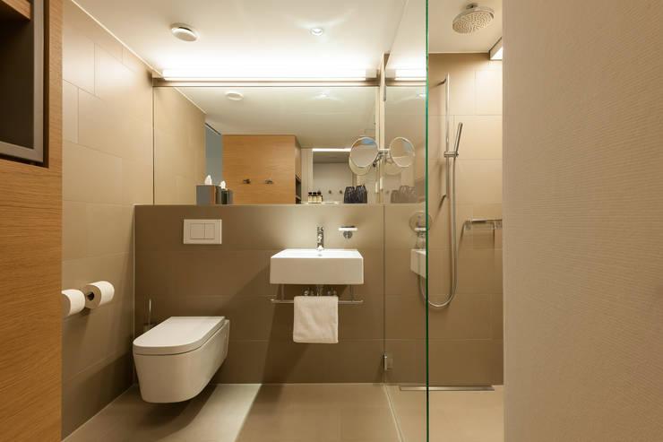 Pullman Basel Europe:  Hotels von Iria Degen Interiors