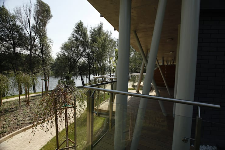 osiedle mieszkaniowe Marina, ul Krzyżówki, Warszawa- realizacja: styl , w kategorii Domy zaprojektowany przez Marek Rytych