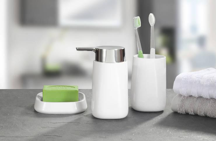 Bathroom تنفيذ Kleine Wolke Textilgesellschaft mbH & Co. KG