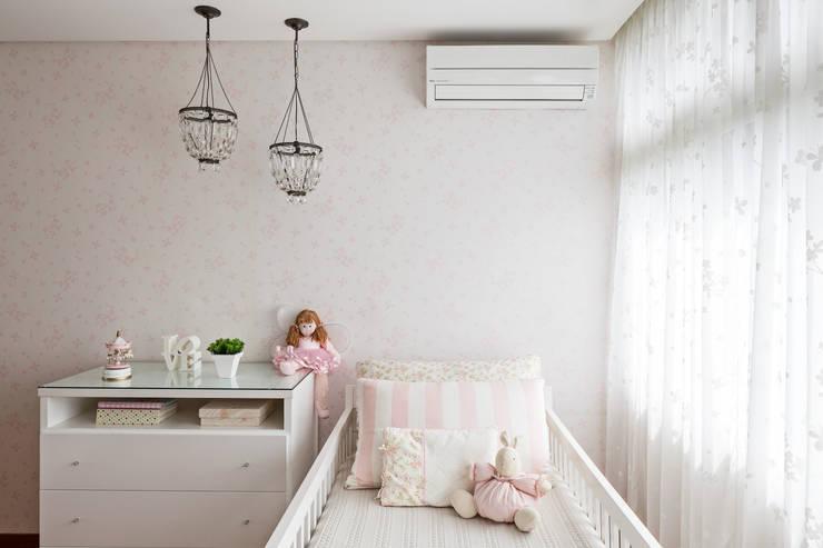 Dormitorios infantiles de estilo  por BEP Arquitetos Associados
