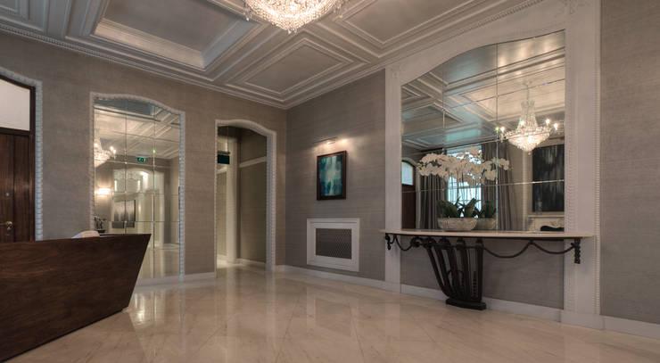 Hallway:  Corridor & hallway by Temza design and build