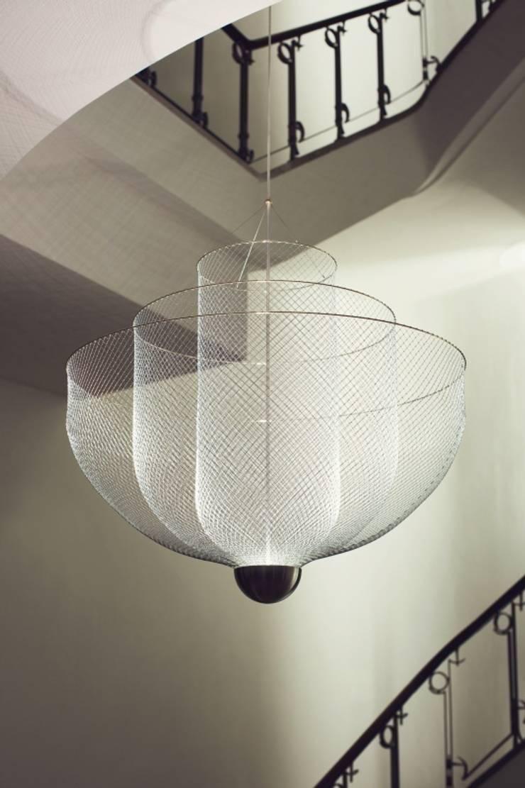 Large Meshmatics Chandelier:  Woonkamer door Atelier Rick Tegelaar